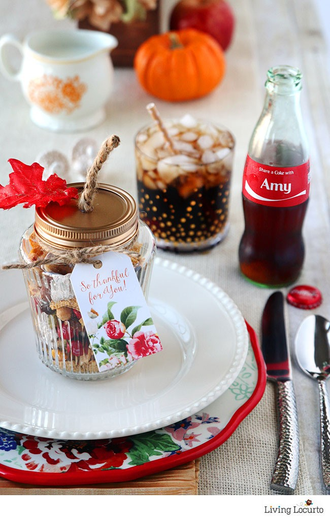 Easy Personalized Place Setting with Coke Bottles and Harvest Hash Trail Mix Recipe in DIY pumpkin jars! Thanksgiving table ideas, Free Printable Tags for Fall party favors. by @livinglocurto
